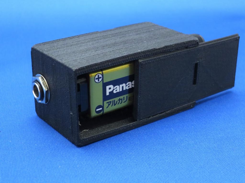 アコギ用2チャンネルプリアンプ:電池側