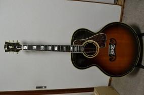 Gibson SJ-200 western classic